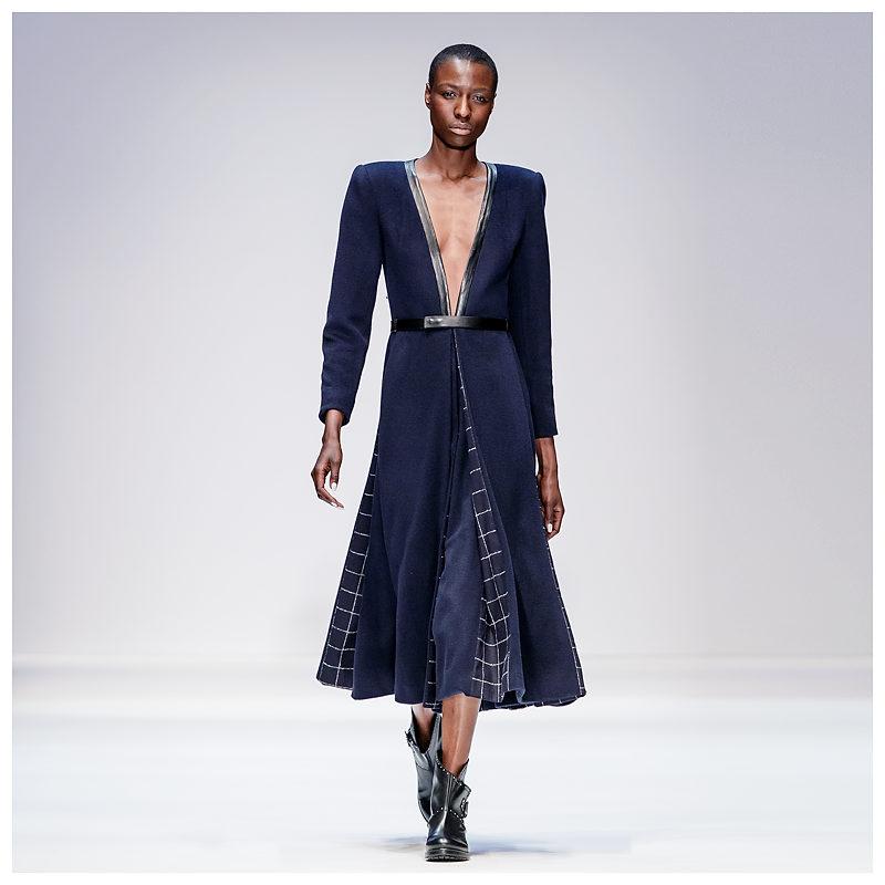 Nala Luuna Diagouraga für Designer Sophie Oemus