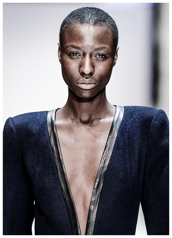 Maisonnoée - Nala Luuna Diagouraga für Designer Sophie Oemus